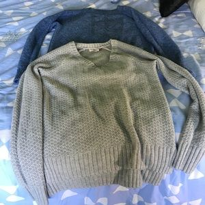 Sweaters - 2 sweaters, blue and Gray (S)